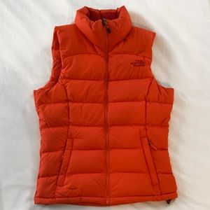 North Face XS 700 fill down puffer vest red